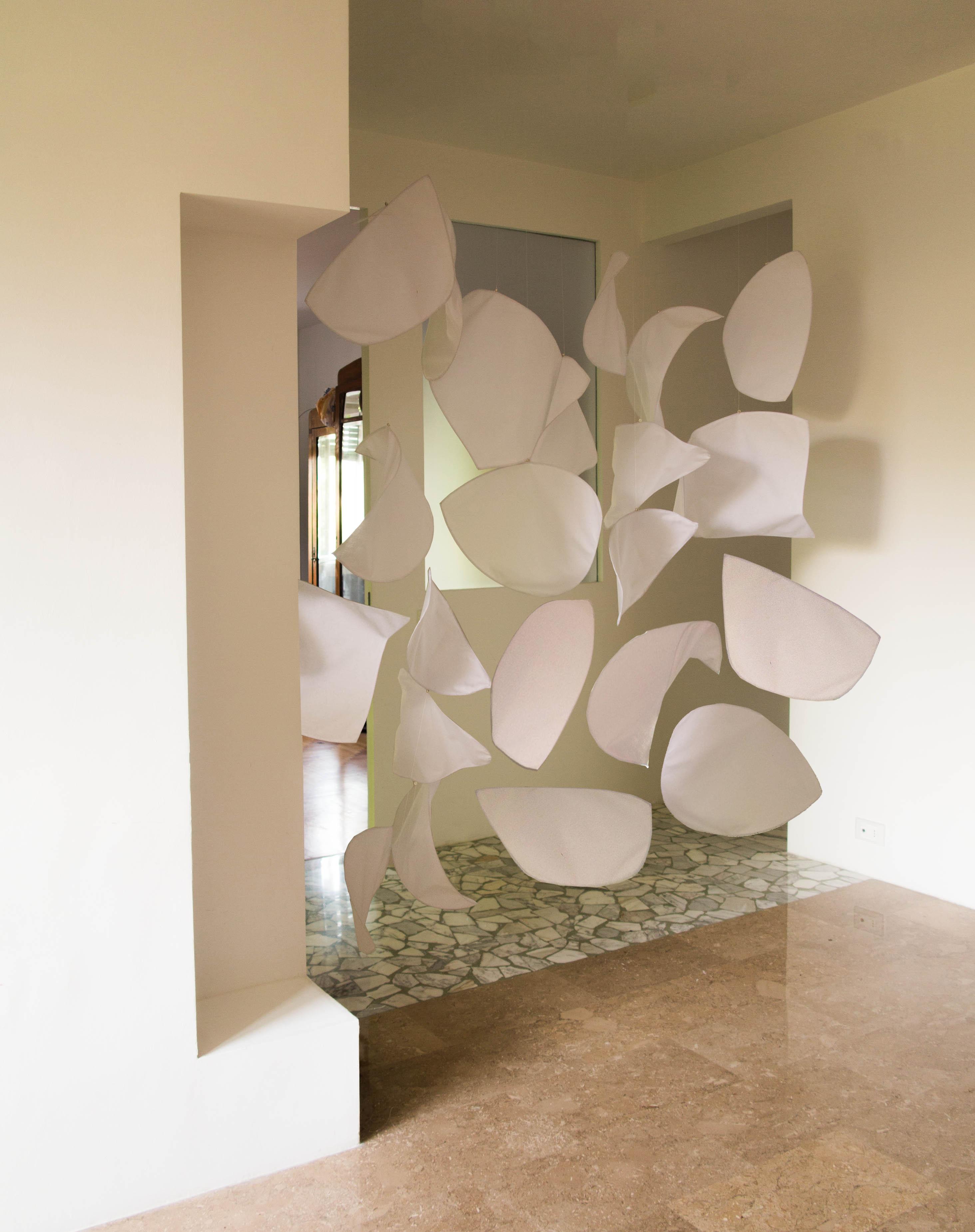 Gocce di luce architetto cristina rampazzo for Mobile divisorio